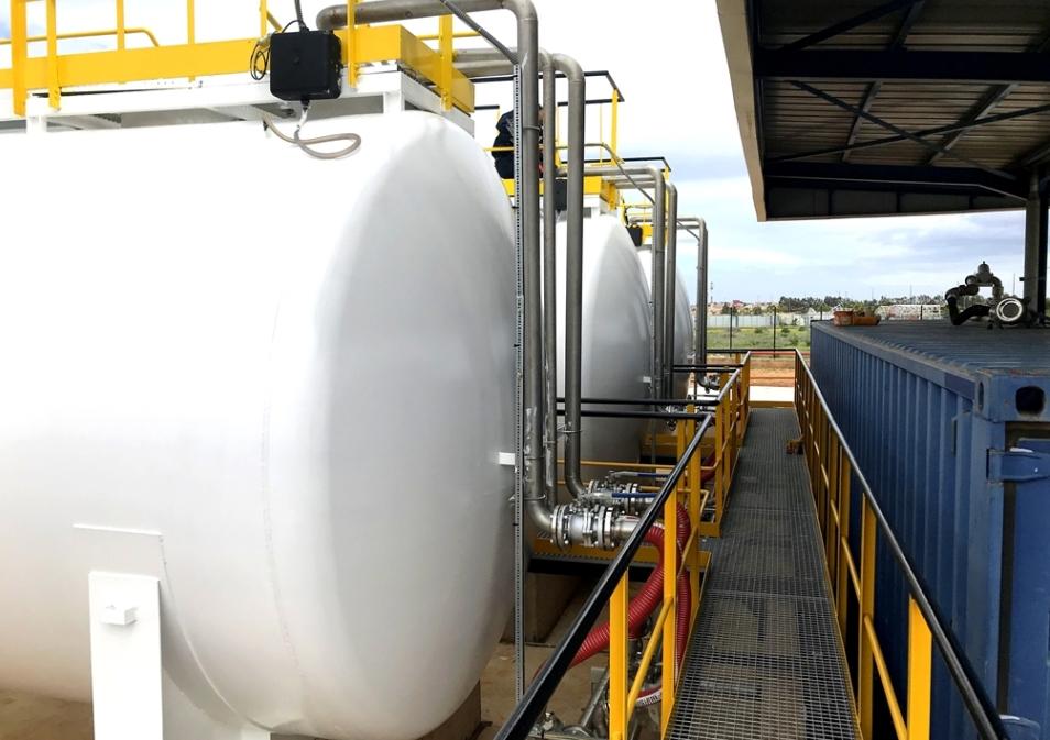 depot-carburant-2
